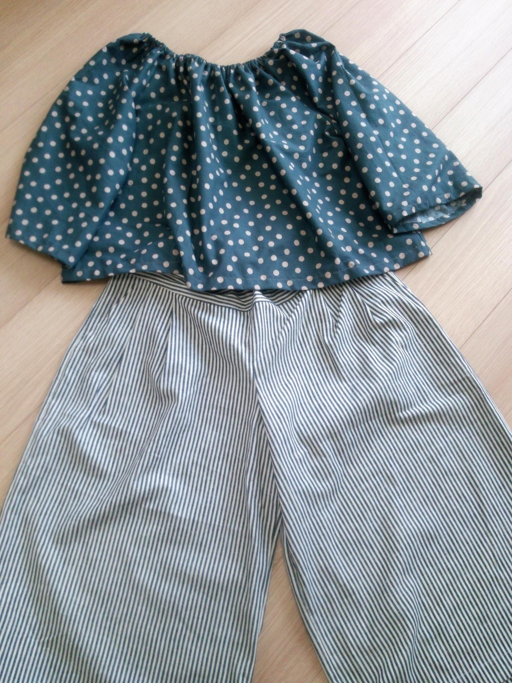 60代、70代のお母様へのプレゼントにも。リネンキュロットスカート。春色のナチュラルカラーも素敵ですね。