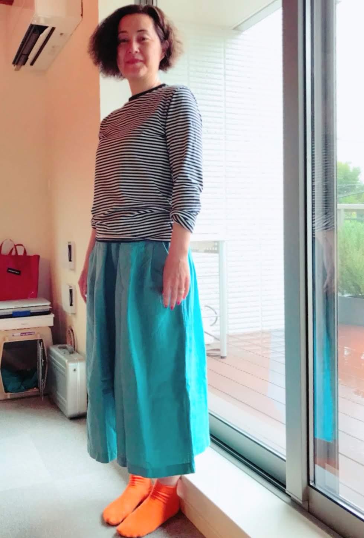 これからの季節に大活躍のkomofリネンキュロットスカート