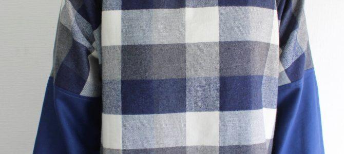 新作の起毛ワンピースは、裾にチェックを入れて。