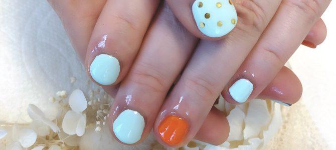 今月は、オレンジネイルで元気だしていきます。