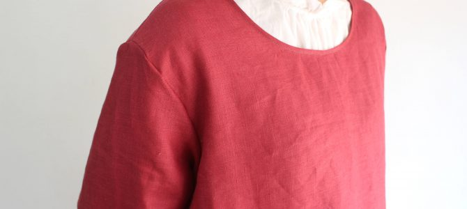 komofのお洋服は赤が一番人気